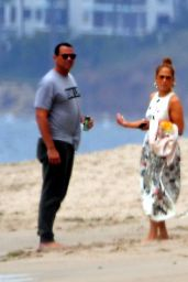 Jennifer Lopez - Beach in Malibu 06/21/2020