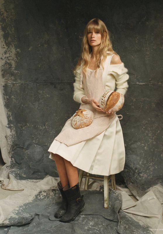 Julia Stegner - Vogue Magazin Germany July 2020 Issue