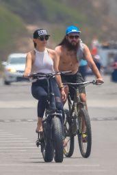 Kate Hudson - Out Biking in Malibu 06/02/2020