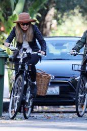 Katherine Schwarzenegger - Bbike Ride in Los Angeles 06/13/2020