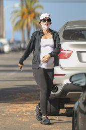 Katherine Schwarzenegger - Out on a Walk in Venice Beach 06/18/2020