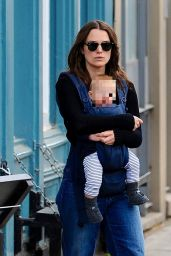 Keira Knightley Outfit 06/05/2020