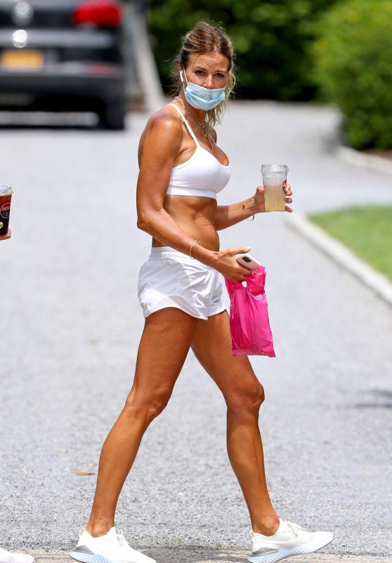 Kelly Bensimon Summer Street Style - The Hamptons 06/22/2020