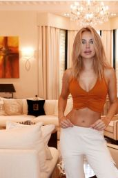 Kimberley Garner - Social Media Photos and Videos 06/22/2020