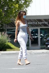 Maria Menounos Street Style - Los Angeles 06/08/2020