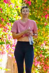 Maria Sharapova and Alexander Gilkes - Out for Hike in Malibu 06/20/2020