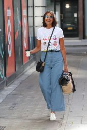 Melanie Sykes in Flared Jeans and an NHS Charity T-Shirt - London 06/06/2020