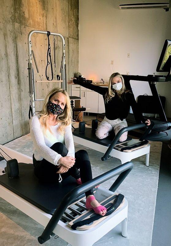 Natalie Alyn Lind – Social Media Photos and Videos 06/30/2020