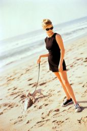 Reese Witherspoon -  Photoshoot 1996