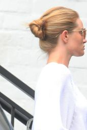 Rosie Huntington-Whiteley - Out in Beverly Hills 06/16/2020