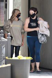 Sarah Michelle Gellar - Out in LA 06/23/2020