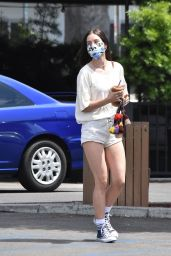 Scout Willis - Coffee Bean & Tee in Los Feliz 06/12/2020