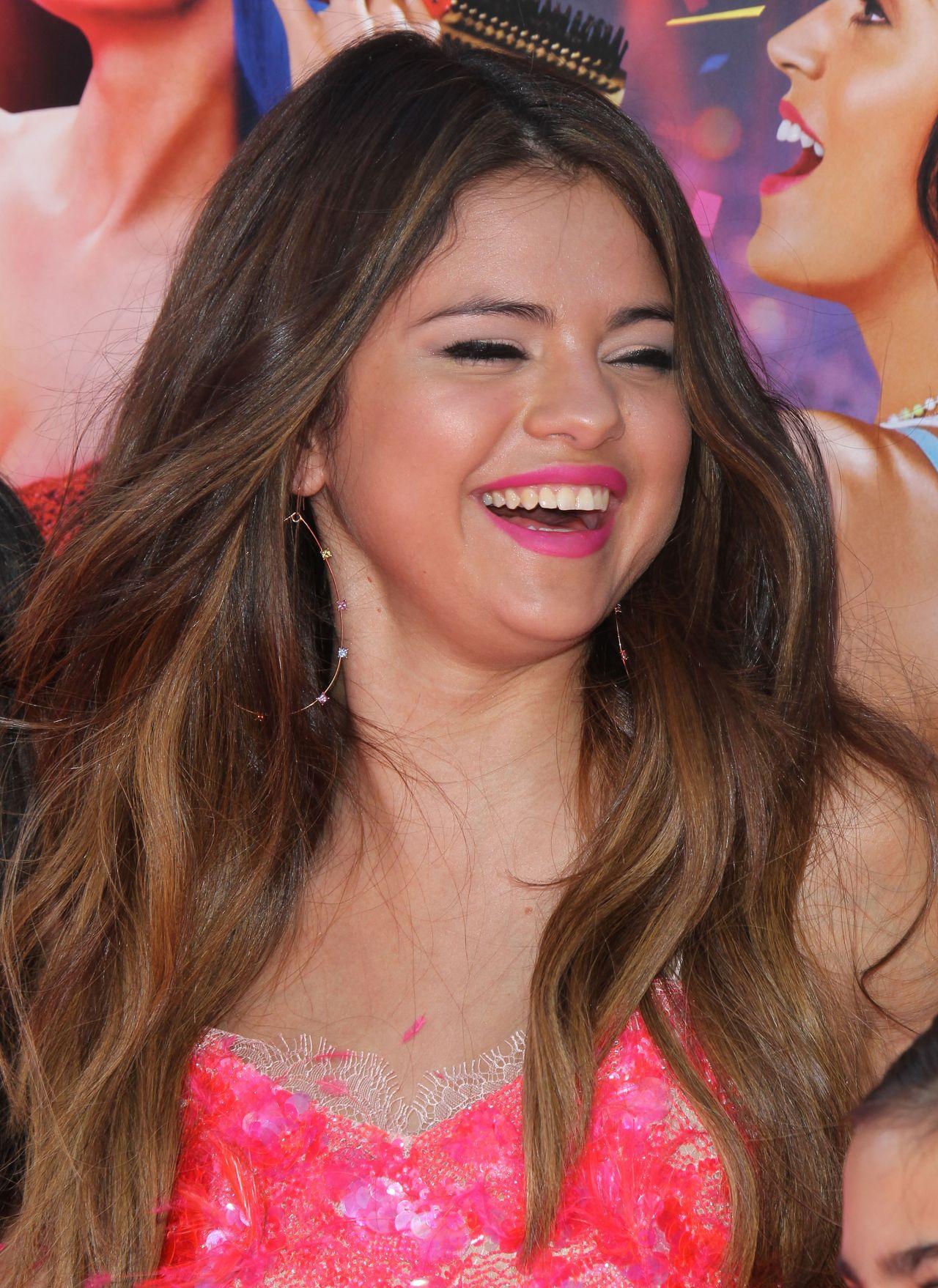 Selena Gomez stunning Beauty