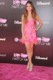 "Selena Gomez - ""Katy Perry: Part of Me"" Premiere in Hollywood"