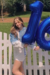 Sissy Sheridan - Social Media Photos 06/24/2020