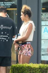 Sommer Ray at Chipotle Mexican Grill in Malibu 05/31/2020