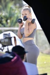 Tammy Hembrow - Shooting Content for Her Fitness App 06/04/2020