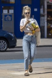 Vanessa Kirby - Shopping at a Local Market in London 06/25/2020