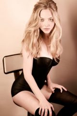 Amanda Seyfried - Esquire Magazine April 2010