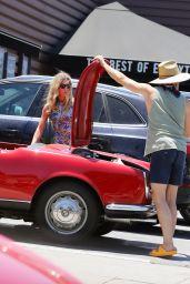 Annabelle Wallis and Chris Pine - Lassens Natural Foods in LA 07/07/2020