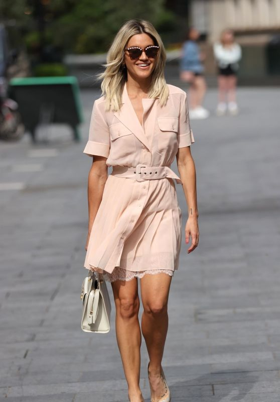 Ashley Roberts in a Chic Pleated Mini With a Lace Slip - London 07/23/2020