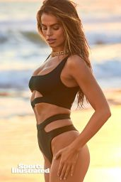 Brooks Nader – Sports Illustrated Swimsuit 2020 (more photos)