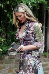 Caprice Bourret - Out in West London 07/17/2020
