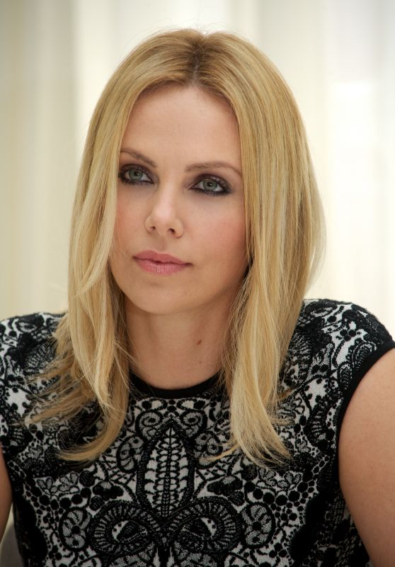 "Charlize Theron - Portraits for ""Prometheus"" Press Conference in London"