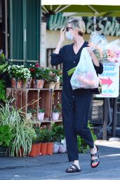 Charlize Theron - Shopping in Los Angeles 07/21/2020