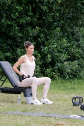 Chloe Sims - Works Out With Her Personal Trainer 07/07/2020