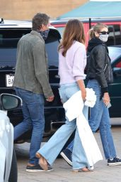 Cindy Crawford and Kaia Gerber - Family Dinner at Nobu in Malibu 07/20/2020
