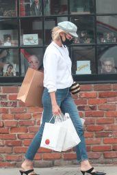 Diane Kruger Street Style - Brentwood 07/01/2020