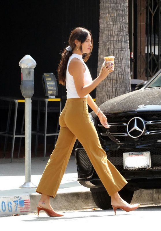 Eiza Gonzalez Street Style - Alfred in LA 07/24/2020