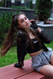 Elizabeth Simonenko - Social Media Photos 07/16/2020