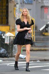 Elsa Hosk Street Style - New York City 07/23/2020