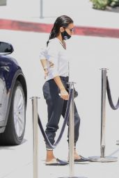 Eva Longoria - Outside the Westfield Mall in Century City 06/17/2020