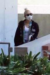 Gwen Stefani - Stops by UCLA Campus in LA 07/02/2020