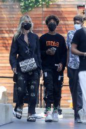 Heidi Klum - Shopping at Maxfield in LA 07/22/2020