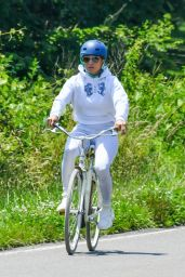Jennifer Lopez - Bike Ride in the Hamptons, NY 07/08/2020