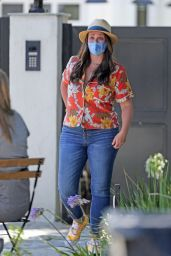 Jennifer Love Hewitt - Out in Pacific Palisades 07/21/2020