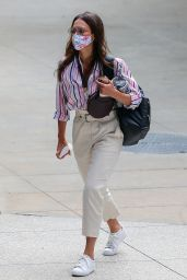 Jessica Alba - Heading to Work at the Honest Company in LA 07/28/2020
