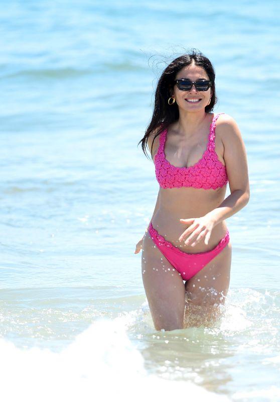 Jessica Gomes in a Bright Pink Bikini on the Beach in Malibu 07/16/2020