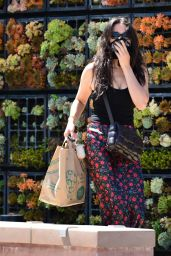 Jessica Gomes - Shopping in Malibu 07/27/2020