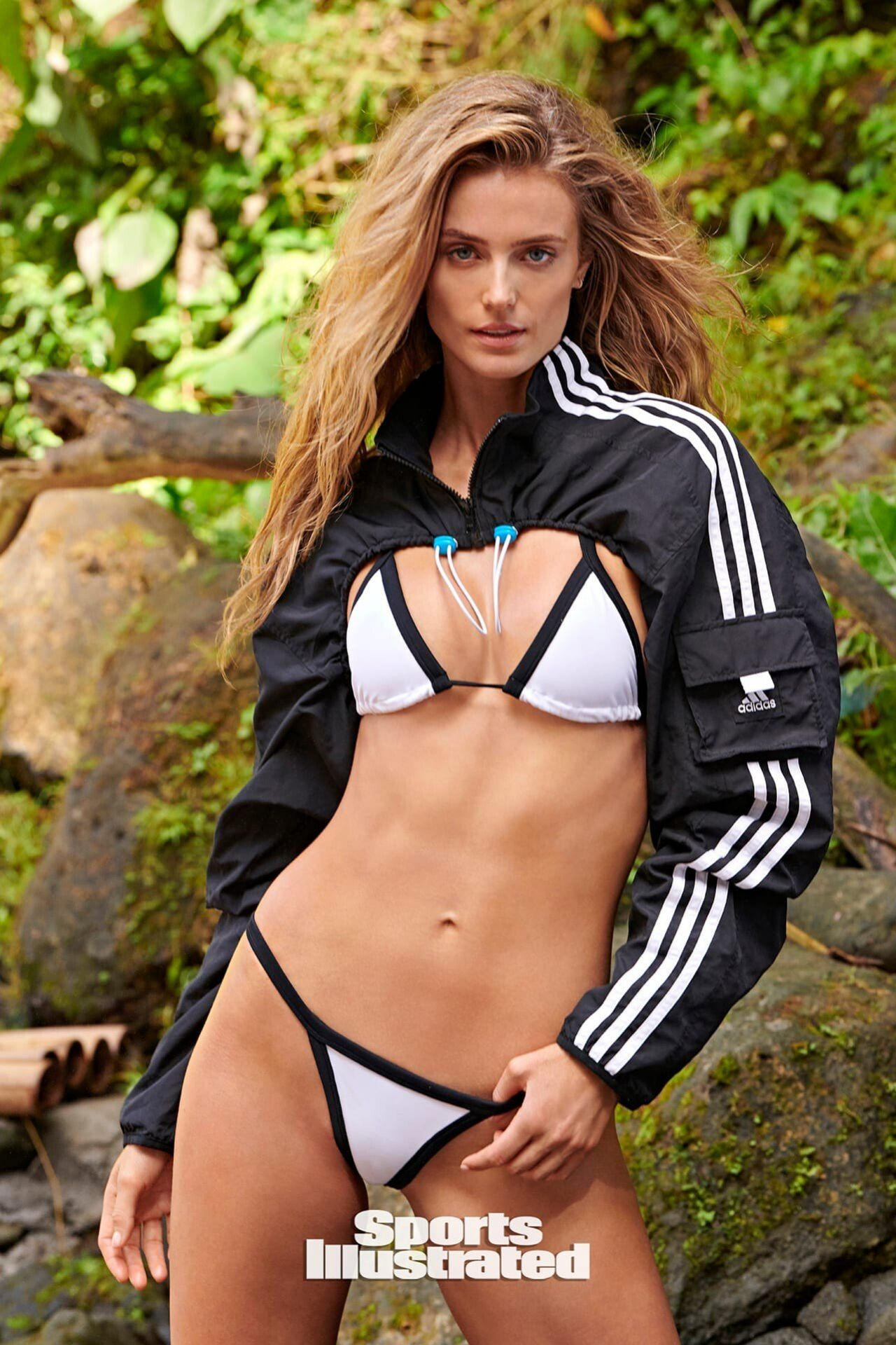 Kate Bock Sports Illustrated: Swimsuit Issue 2020 Cover
