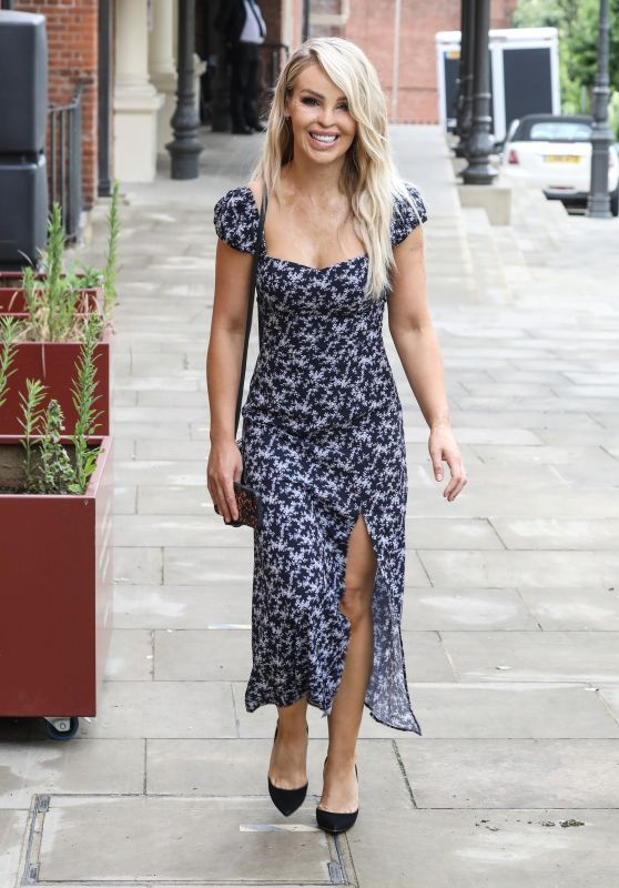 Katie Piper in a Summer Dress - Filming in London 07/08/2020