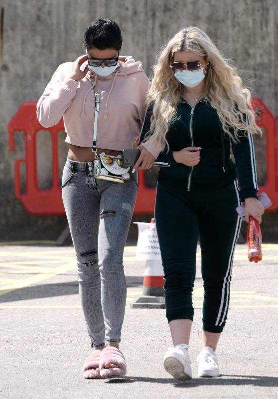 Katie Price - Out in London 07/12/2020