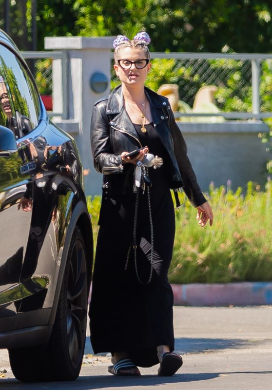 Kelly Osbourne - Out in Los Angeles 07/18/2020