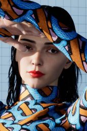 Kendall Jenner - Burberry TB Summer Monogram Collection 2020