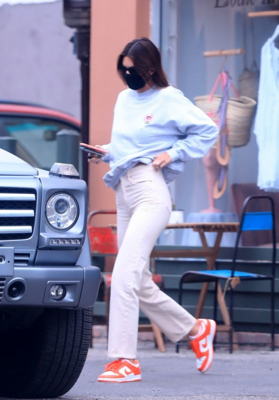 Kendall Jenner in Casual Outfti - Leaving Dermatologist in West Hollywood 07/22/2020