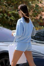 Kendall Jenner - Shopping in Malibu 07/25/2020